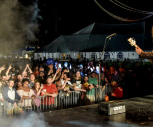 rock on the river (147)
