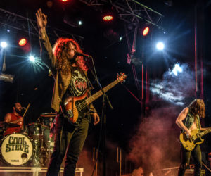 rock on the river (175)